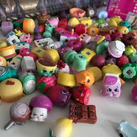 Mixes Seasons Shopkins Random Surprise Lot of 25 No Duplicates